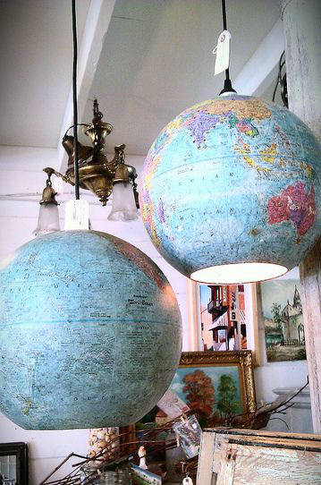 7 id es pour customiser un globe terrestre. Black Bedroom Furniture Sets. Home Design Ideas