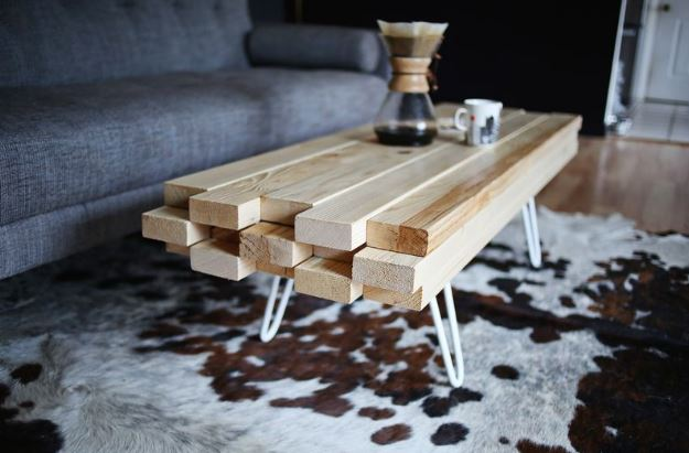 Diy meuble 5 tables basses originales fabriquer - Table en planche de coffrage ...