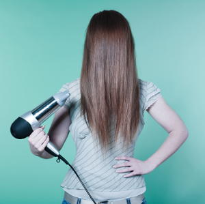 Comment se faire un brushing sur cheveux long